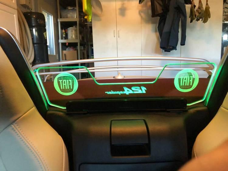 windscreen paul lit