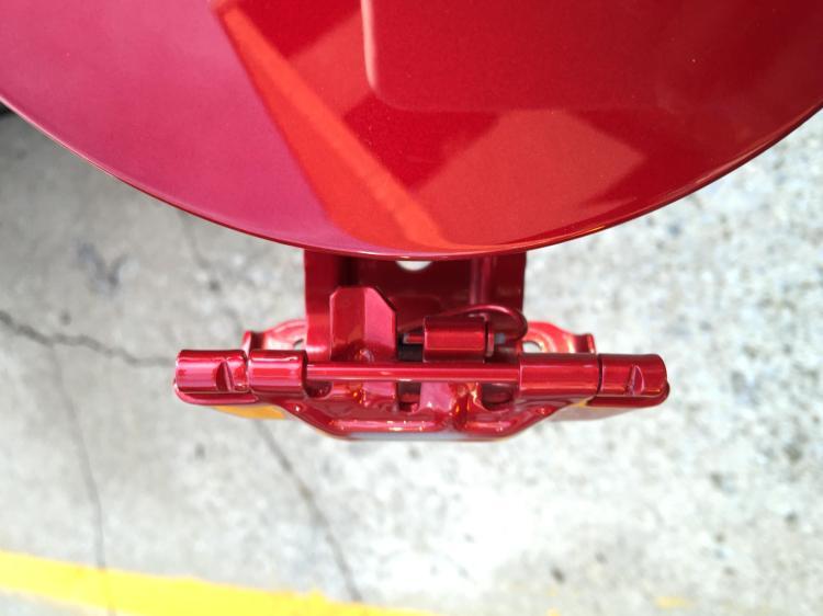 fuel door stop3