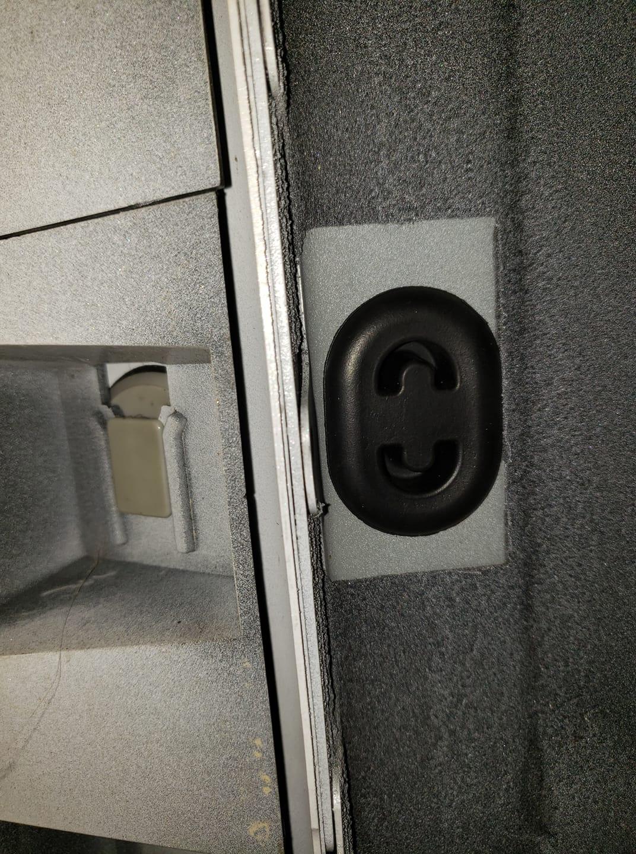 chassis plug